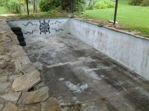 concrete_pool_again_before_reno_in_keysbrook.jpg