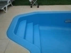 lynwood_pool_steps_after_reno.jpg